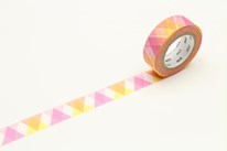 mt-washi-masking-tape-MT01D335Z_triangle_and_diamond_pink_roll.jpg